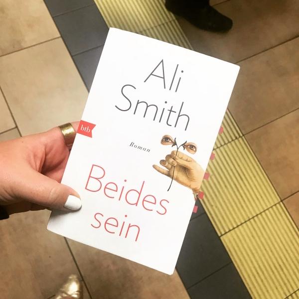 Buch: Ali Smith Beides sein